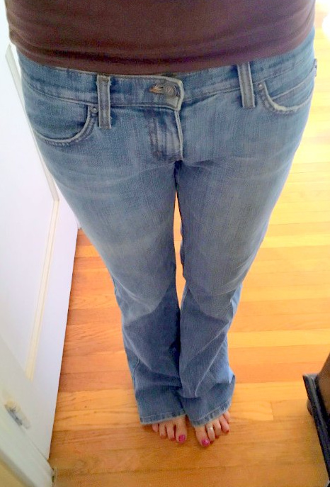 18d33639584 OYTACC  Day 74 (Juicy jeans  with bonus claw toe shot) – Jenna McCarthy